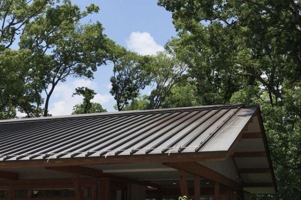 トタン屋根をDIYで修理する方法