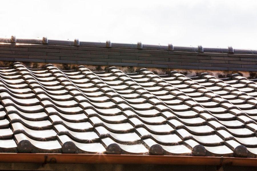 火災保険が適用される瓦屋根の被害